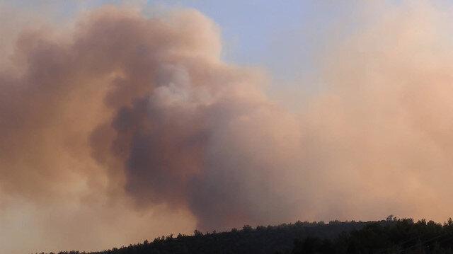 İzmir'in Menderes ilçesinde meydana gelen yangın güçlükle söndürüldü