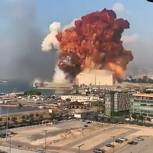 Beyruttaki şiddetli patlama anına ilişkin görüntüler