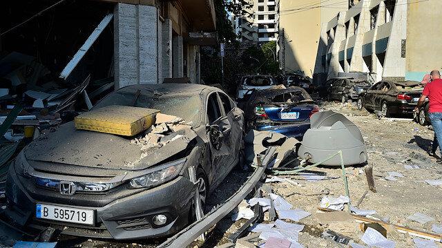 Beyrut Valisi: Yüz binlerce kişi, 2-3 aydan önce evlerine dönemez