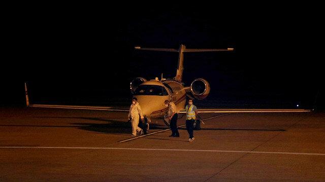Rusya'daki koronavirüs hastası Türk vatandaşı Kemal Yılmaz ambulans uçakla Türkiye'ye getirildi