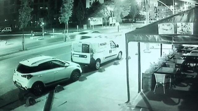 Sultangazi'de otomobil bisikletli çocuğa böyle çarptı