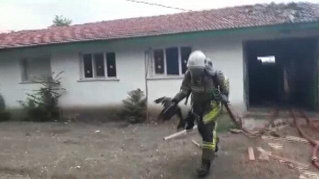Kahraman itfaiyeciler 3 canı ölümden böyle kurtardı