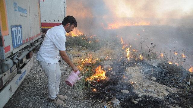 Şırnak'ta sigara izmariti tarlayı küle çevirdi