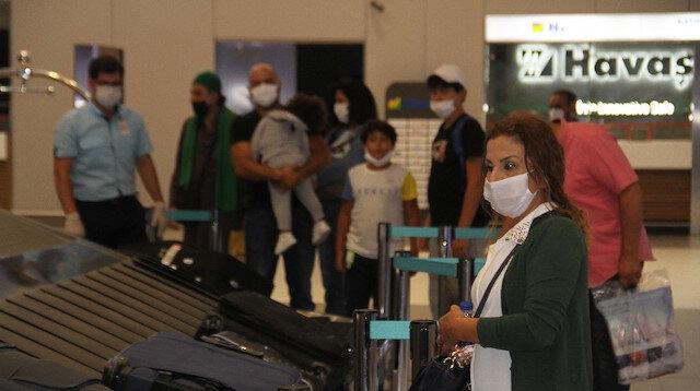 Beyrut'taki patlama sonrası ilk yolcular Türkiye'ye geldi