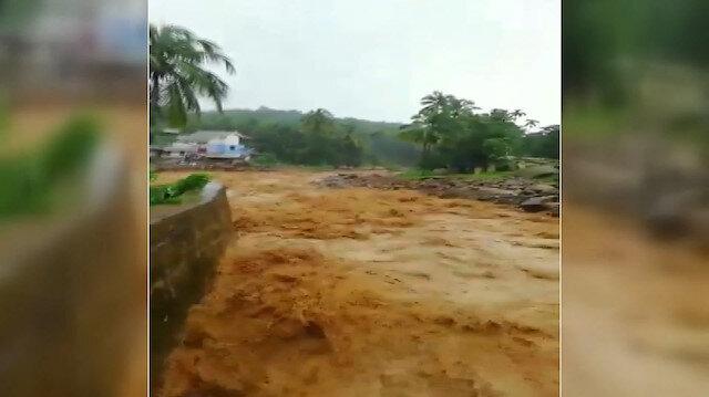 Hindistan'da sel ve toprak kayması yaşandı: 15 ölü