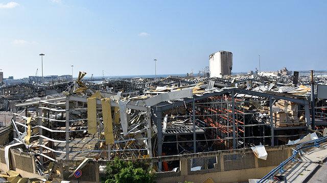 Beyrut felaketiyle sarsılan Lübnan'da kriz derinleşiyor