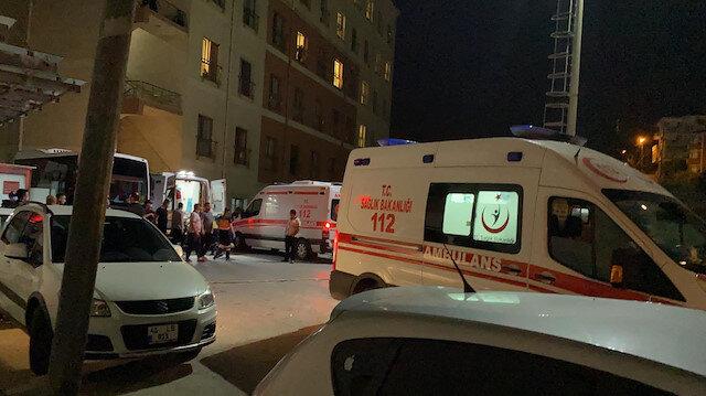 Eski nişanlısının evini basıp 4 kişi vurdu: Ağabeyi olay yerine gelirken de kırmızı ışıkta 2 kişiyi öldürdü