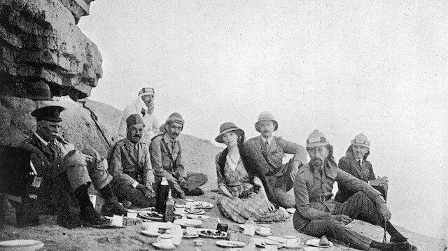Kral Faysal'la piknik