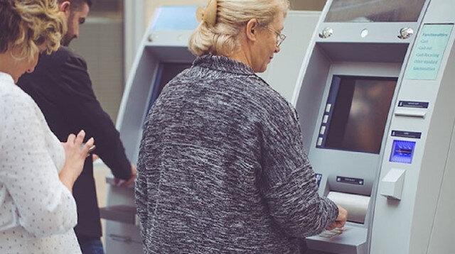 2020 emeklik yaşı kaç: Emekli olma şartları nelerdir?