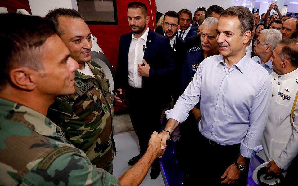 Yunanistan Başbakanı Miçotakis meseleyi ordu olmadan çözmek istiyor.