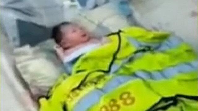 Vicdansızlığın böylesi: Çinli aile bebeklerini erkek doğmadığı için çöpe attı