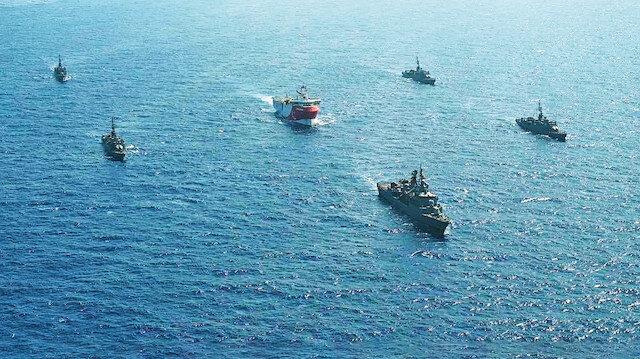 Oruç Reis korsan anlaşma sınırında: Artık 8 savaş gemisi koruyor