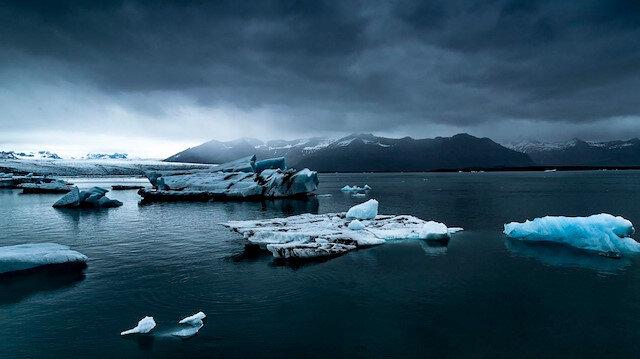 Buzun ve ateşin çağrısı: İzlanda