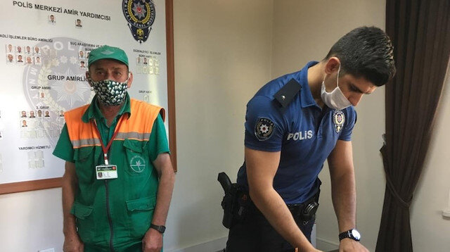 Çöpte bulduğu parayı polise teslim eden temizlik görevlisi: İşimi sevdiğimden dolayı başka parada gözüm yok
