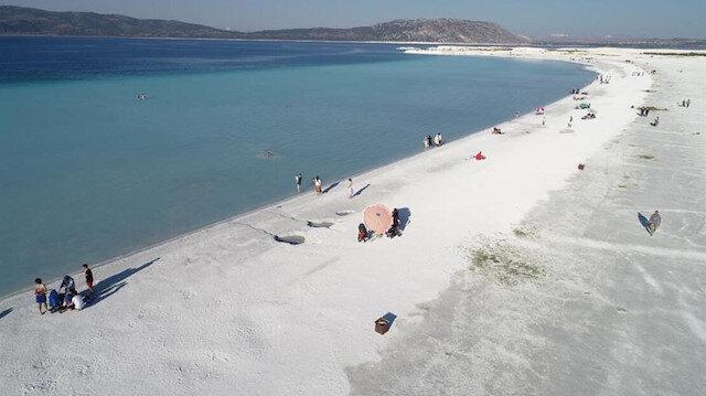 Salda Gölü'ne fosseptik karıştığı iddialarına Burdur Valilği'nden su analizi ile yalanlama