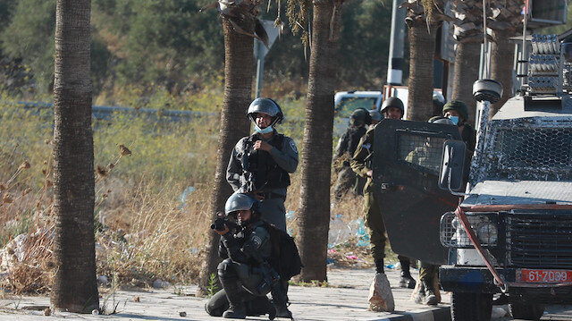 İşgalci İsrail 5 Filistinliyi yaraladı: İsrail-BAE normalleşmesini protesto ediyorlardı