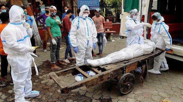 Koronavirüs dünya bilançosu:  Ölenlerin sayısı dünya genelinde 800 bini geçti