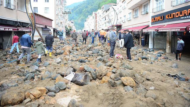 Bakan Pakdemirli felaket bölgesinde: Şehrin silüeti değişmiş durumda