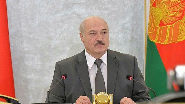 Lukaşenko'dan komşu ülkelere yaptırım tepkisi: Bakalım kim kimi korkutuyor, yaptırım neymiş onlara göstereceğiz