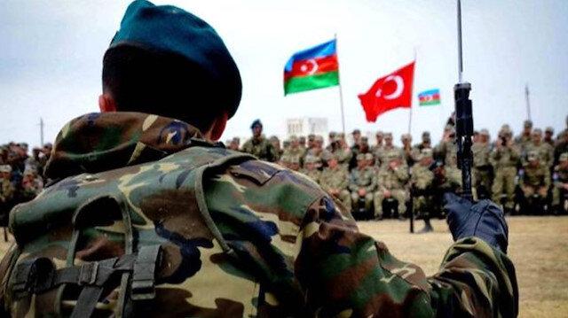 Gitmeyin: Azerbaycanlılar Türkiye'nin tatbikat sonrasında da kalmasını istiyor