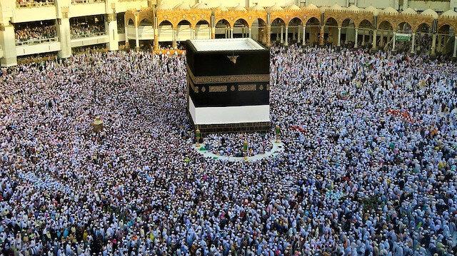 Suudi Arabistan'dan flaş karar: Kabe yeniden ibadete açılabilir