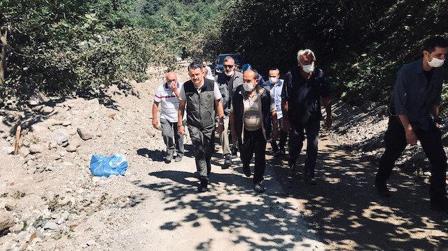 Tarım ve Orman Bakanı Pakdemirli, Giresun'daki selde fındığı zarar gören kadının zararını karşılayacaklarını açıkladı