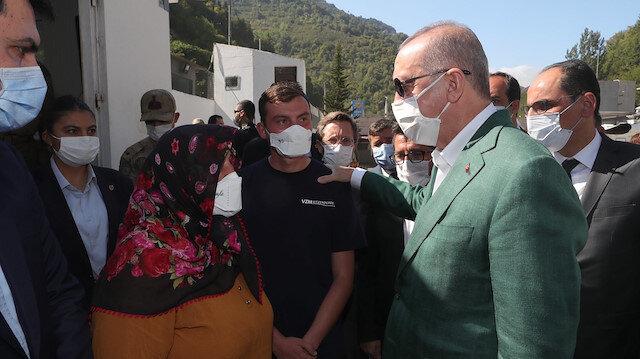 Cumhurbaşkanı Erdoğan Giresun'da: Esnafımızın 50 bin liraya kadar olan zararının tamamı, bu rakamı aşanların da 50 bin liralık kısmı hibe olarak verilecek