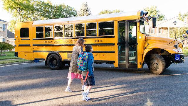 New York'ta okulların açılmasını 21 Eylül'e ertelendi
