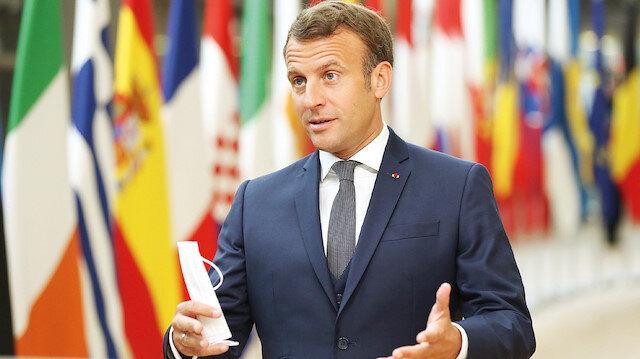 Macron'u Esed'e benzettiler: Lübnan'ı sömürge zihniyetiyle yeniden yönetmek istiyor