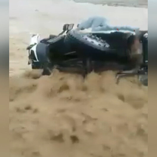 Tunusta sel felaketi: Bir çocuk hayatını kaybetti