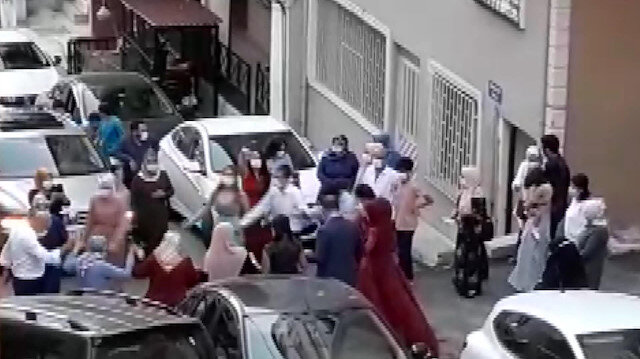 Maltepe'de koronavirüse inat sokakta düğün halayı
