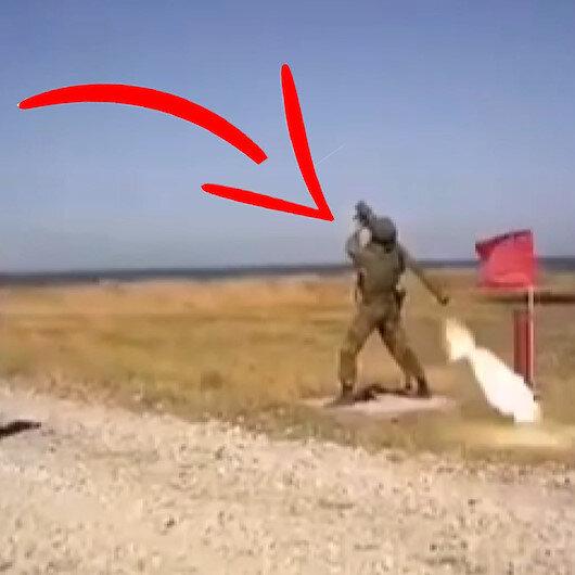 Rus yapımı uçaksavar askerin omzunda patladı