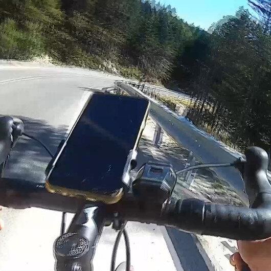 Bursalı bisikletçinin antrenman yaparken ölümden döndüğü anlar kamerada