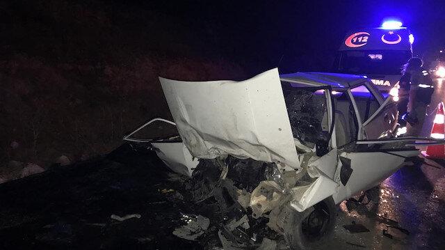 Gaziantep'te araçların birbirine girdiği feci kazada 4 kişi hayatını kaybetti