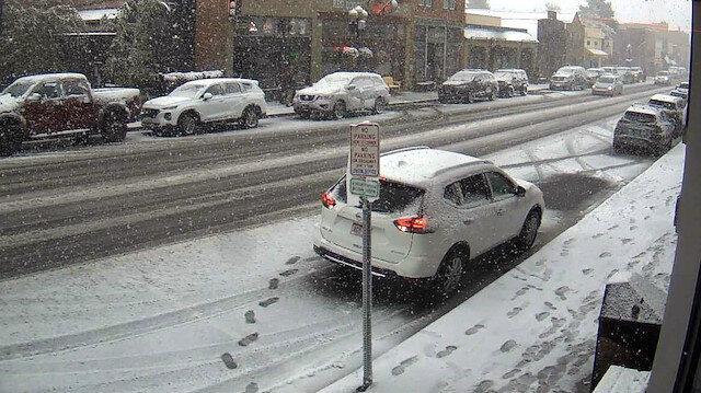 ABD'de inanılmaz doğa olayı: Sıcaklık 3 saatte 33 derece düştü, bir günde kış geldi
