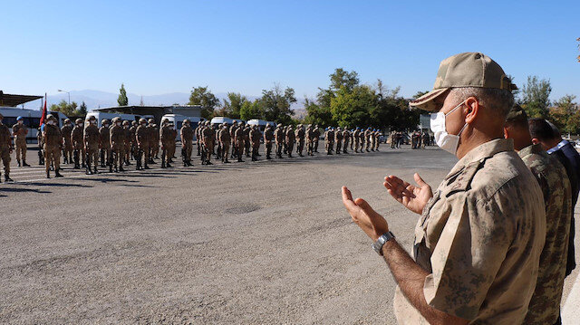 Elazığ'da komandolar dualarla Suriye'ye uğurlandı