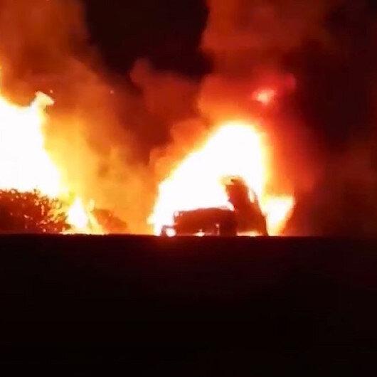 Muğlada seyir halindeki otomobilde çıkan yangın ormana sıçradı: 5 hektar ağaçlık alan kül oldu