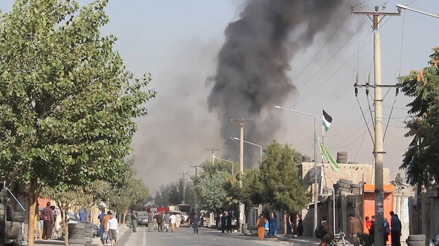 Afganistan Cumhurbaşkanı Yardımcısının aracına bombalı saldırı