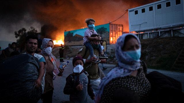Yunanistan'da Moria kampında ikinci yangın: Sığınmacılar kent merkezine doğru ilerliyor