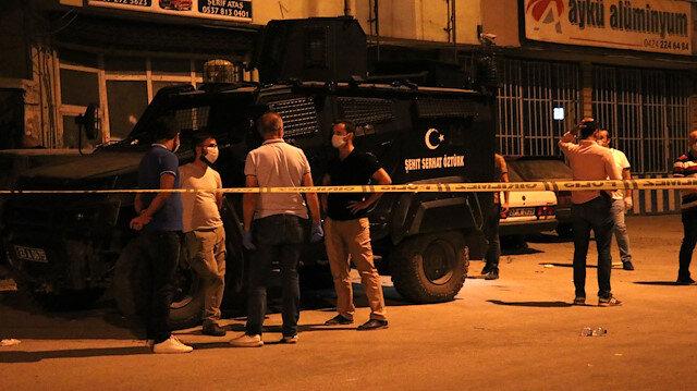 Elazığ'da 'üzerimde bomba var' diyerek eşini tehdit eden kişi polisi harekete geçirdi