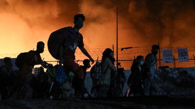 Yunanistan'da Moria kampındaki yangın binlerce sığınmacıyı evsiz bıraktı