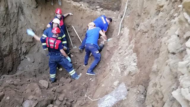 Aydın'da su kuyusu kazarken göçük altında kalan 2 kişi hayatını kaybetti