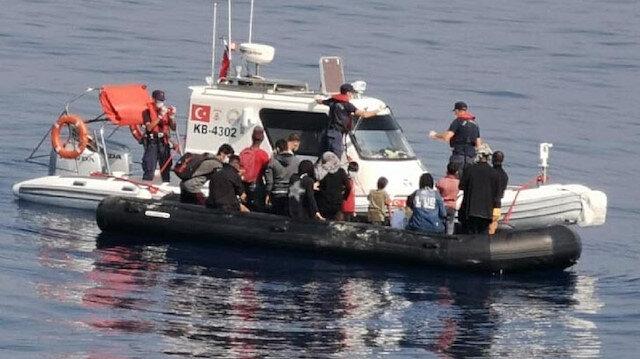 Bodrum açıklarında Yunanistan'ın geri ittiği 19 kaçak göçmen kurtarıldı