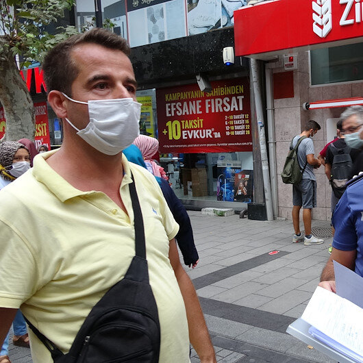 Hem maske takmadı hem de polisi tehdit etti