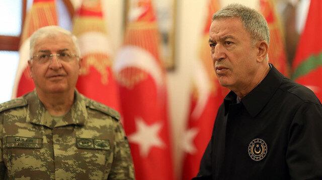 Milli Savunma Bakanı Akar ve TSK komuta kademesi KKTC'de