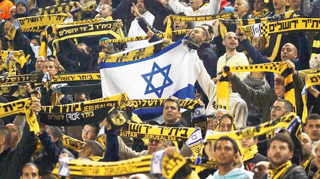 """BAE'den ırkçı İsrail takımına destek: Peygamberimize hakaret edip, """"Araplara ölüm"""" sloganları atan futbol takımına sponsor oldular"""