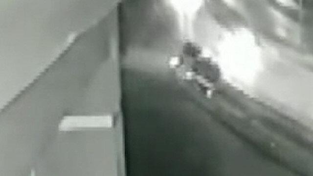 Pendik'de yolcu otobüsünün yan yattığı kaza kamerada