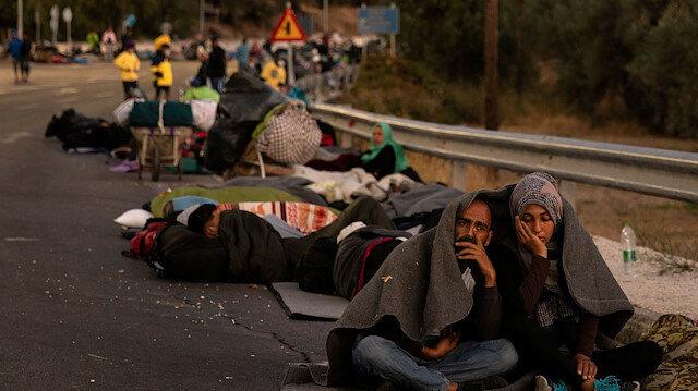 Midilli'de mülteciler yardım bekliyor