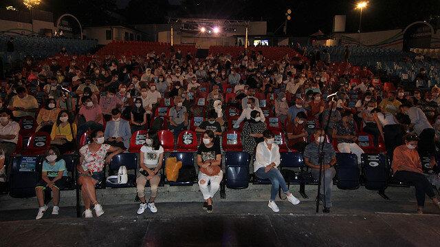 Hiç tiyatro oyunu izlememiş 12 bin çocuk: Devlet Tiyatroları aracılığıyla yaz tiyatroyla buluştu