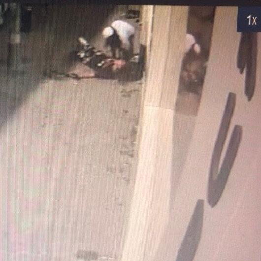 Esenyurtta sokak ortasında kız kavgası kamerada